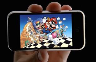 Los usuarios del iPhone, descargan hasta diez veces más juegos, que los de otros teléfonos